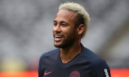 """Neymar, Messi lo chiama: """"Vieni al Barcellona, non andare al Real"""""""
