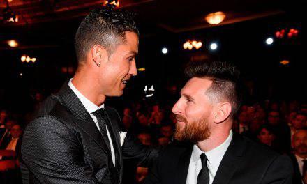 """Cristiano Ronaldo a Messi: """"Mi manca giocare contro di lui. Andremo a cena insieme"""""""