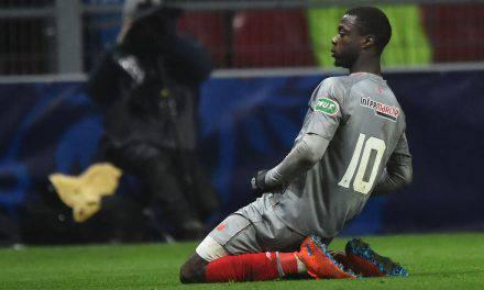 Calciomercato Napoli: Pepé all'Arsenal è fatta, rischio sorpasso per Zaha