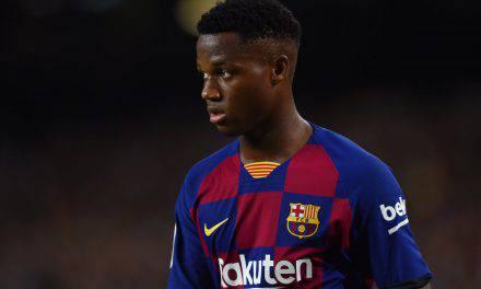 Liga, manita del Barcellona al Valencia. Fati illumina il Camp Nou