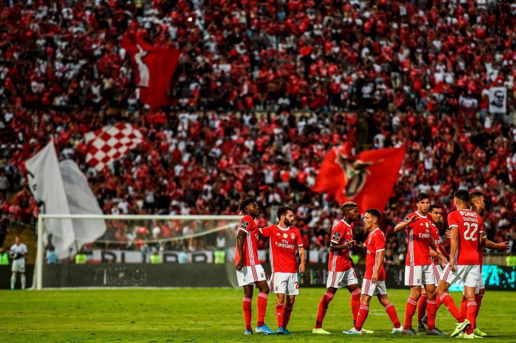 Per i giocatori del Benfica arriva il braccialetto elettronico