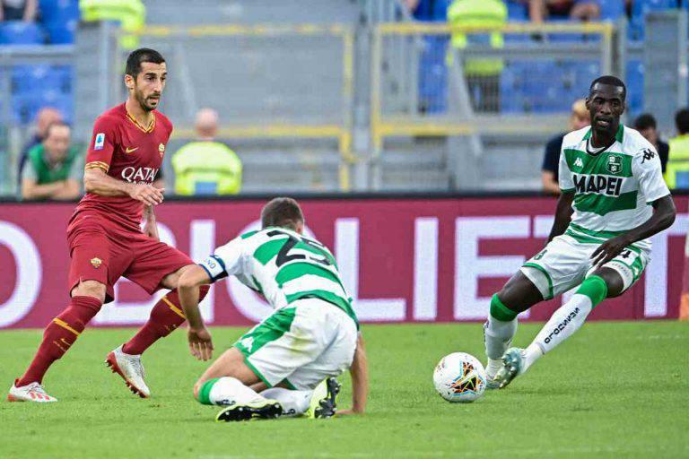 Henrikh Mkhitaryan, esterno della Roma in gol contro il Sassuolo