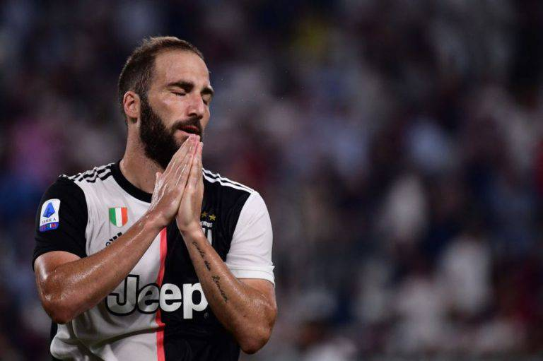 Higuain infortunato