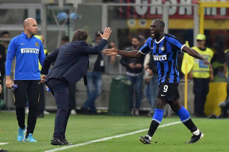 Inter, Lukaku celebra Conte
