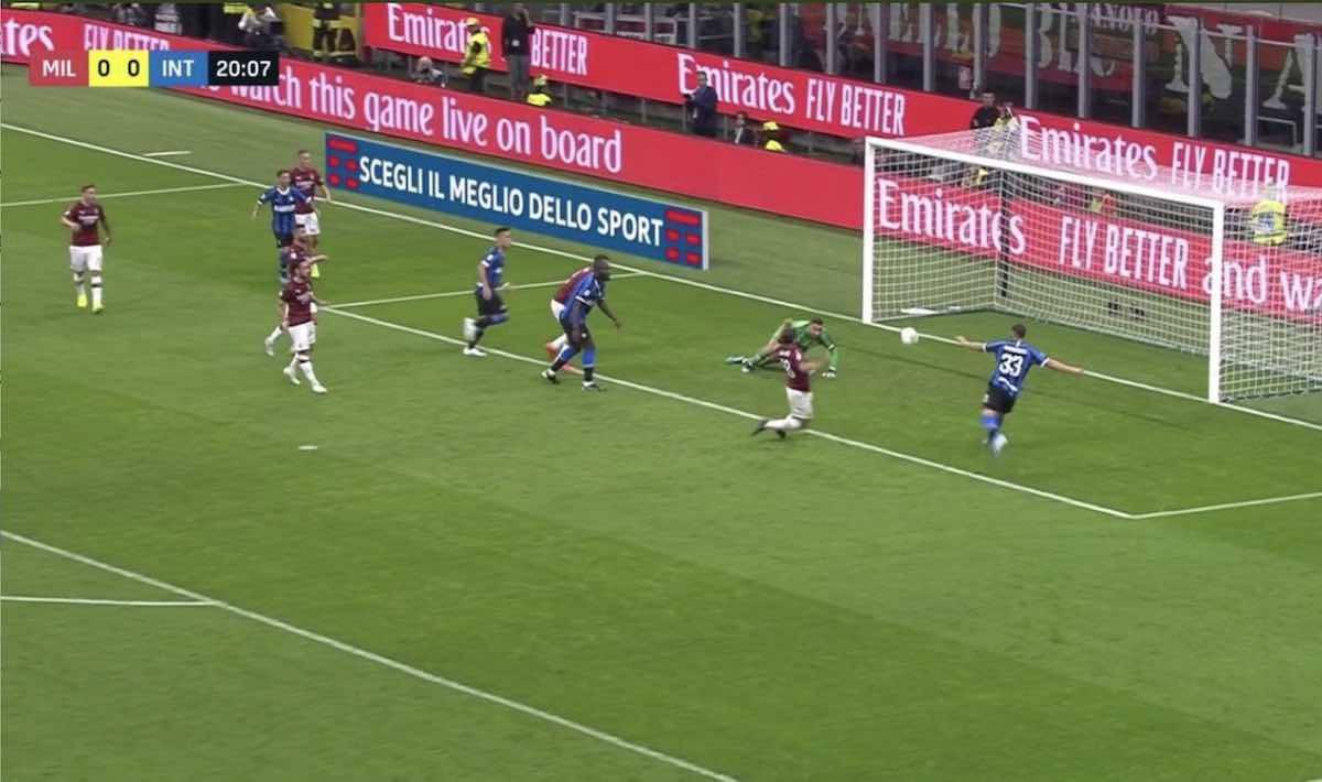 Tanti episodi nel derby di Milano