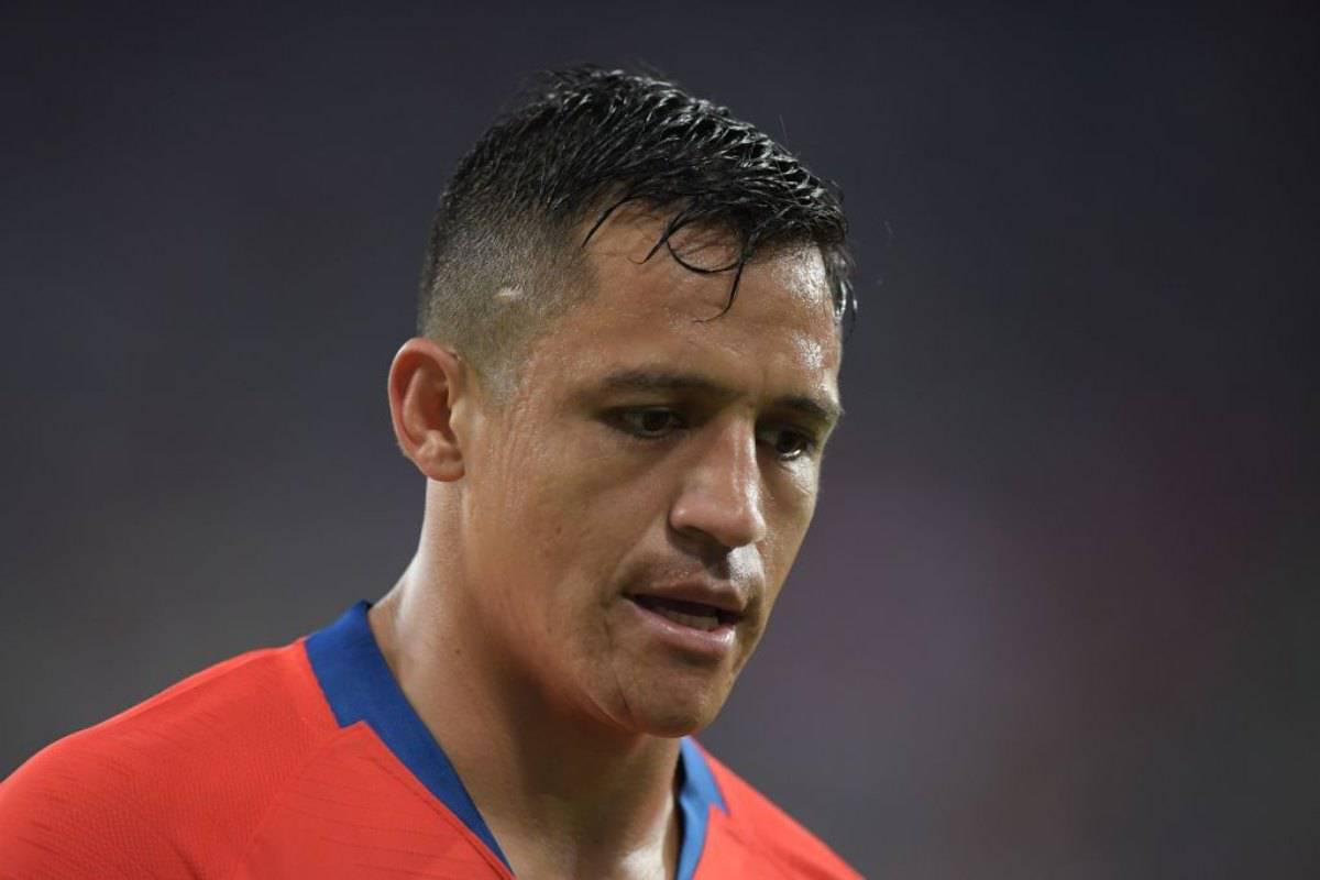 Sanchez parte dalla panchina