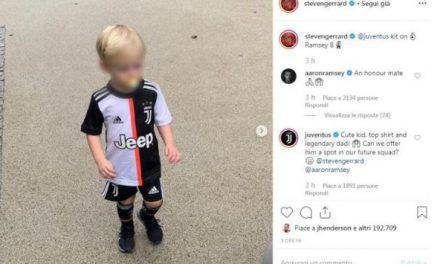 """Gerrard, il figlio con la maglia della Juve che ringrazia: """"Bimbo molto carino"""""""