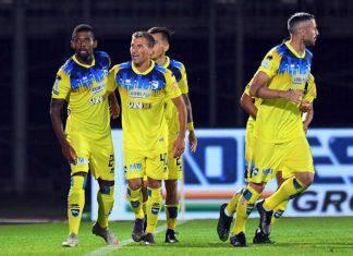 Pescara-Crotone, anticipo 6.a giornata di Serie B