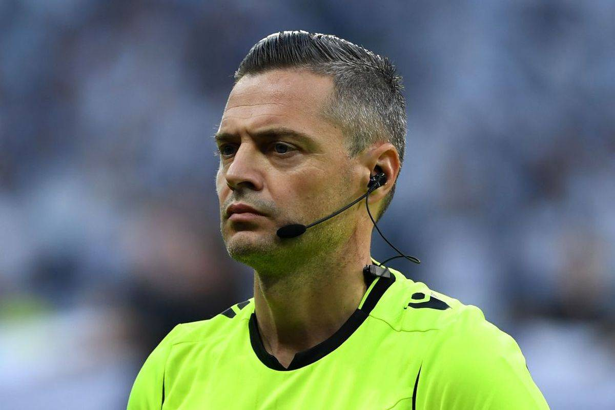 L'arbitro sloveno Damir Skomina