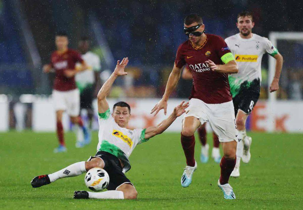 Roma, Dzeko sbotta sul rigore nel finale