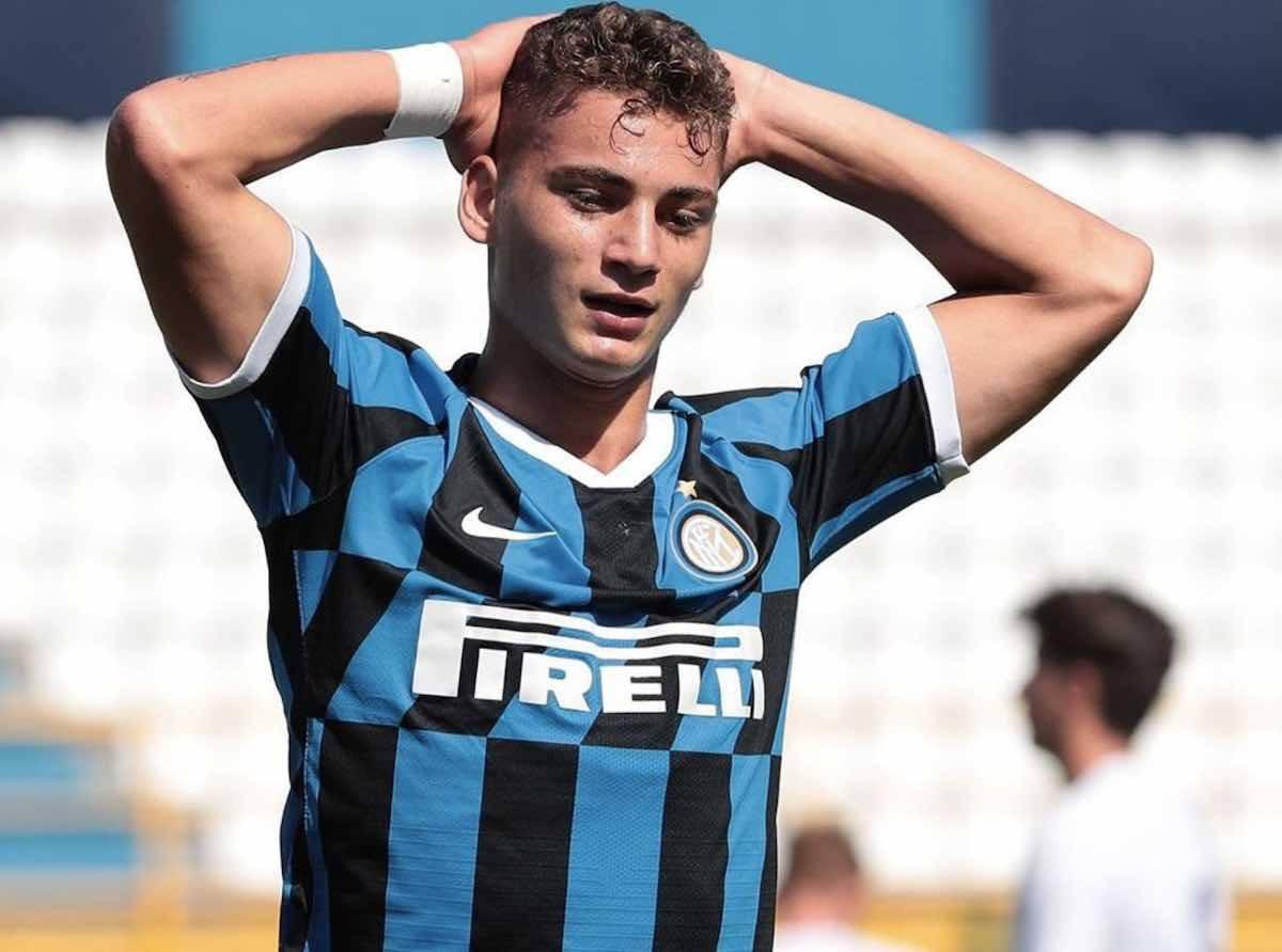Inter, tensione con Sebastiano Esposito: il baby attaccante rifiuta il rinnovo