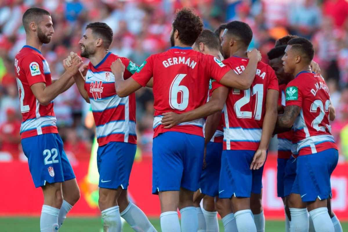Liga, Granada-Osasuna 1-0, Duarte fa volare i biancorossi: secondi a -1 dal Real