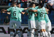 Sassuolo-Inter, invasore atterra con il paracadute in campo