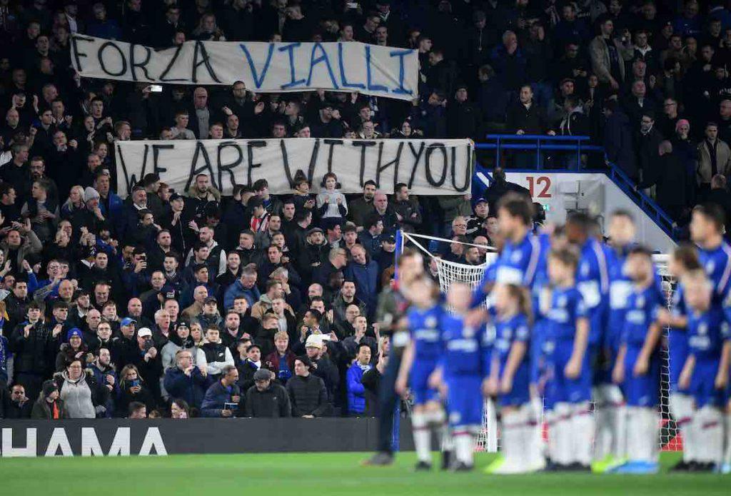 Striscione celebrativo del Chelsea per Vialli