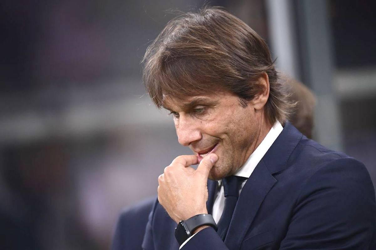 Inter, Conte: minacce e busta con proiettile a casa dell'allenatore