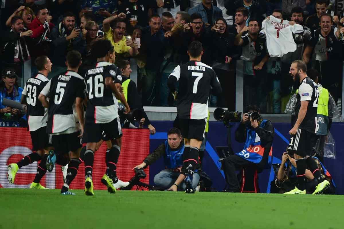 Higuain in gol in Juve-Bayer