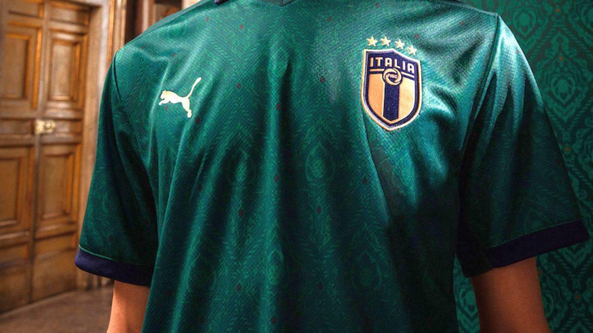 La nuova maglia verde dell'Italia