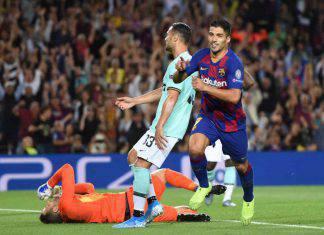 Luis Suarez, doppietta in Barcellona-Inter