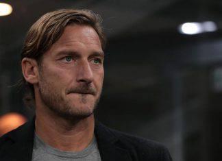 """Roma, Totti spaventa i tifosi: """"Zaniolo? Non credo resterà a lungo"""""""
