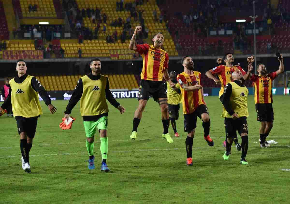 Serie B, risultati 30 novembre: il Benevento vola a Venezia, poker del Frosinone