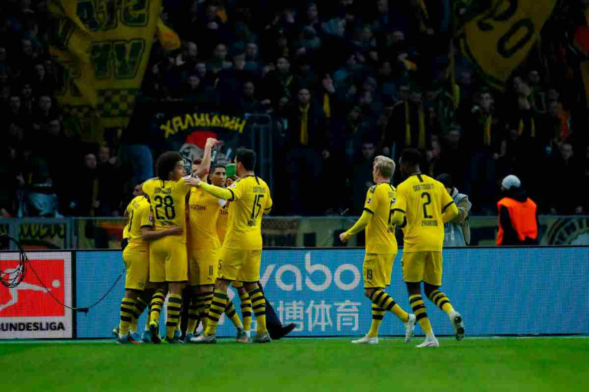 Bundesliga, risultati 30 novembre: il Borussia Dortmund rovina il ritorno di Klinsmann