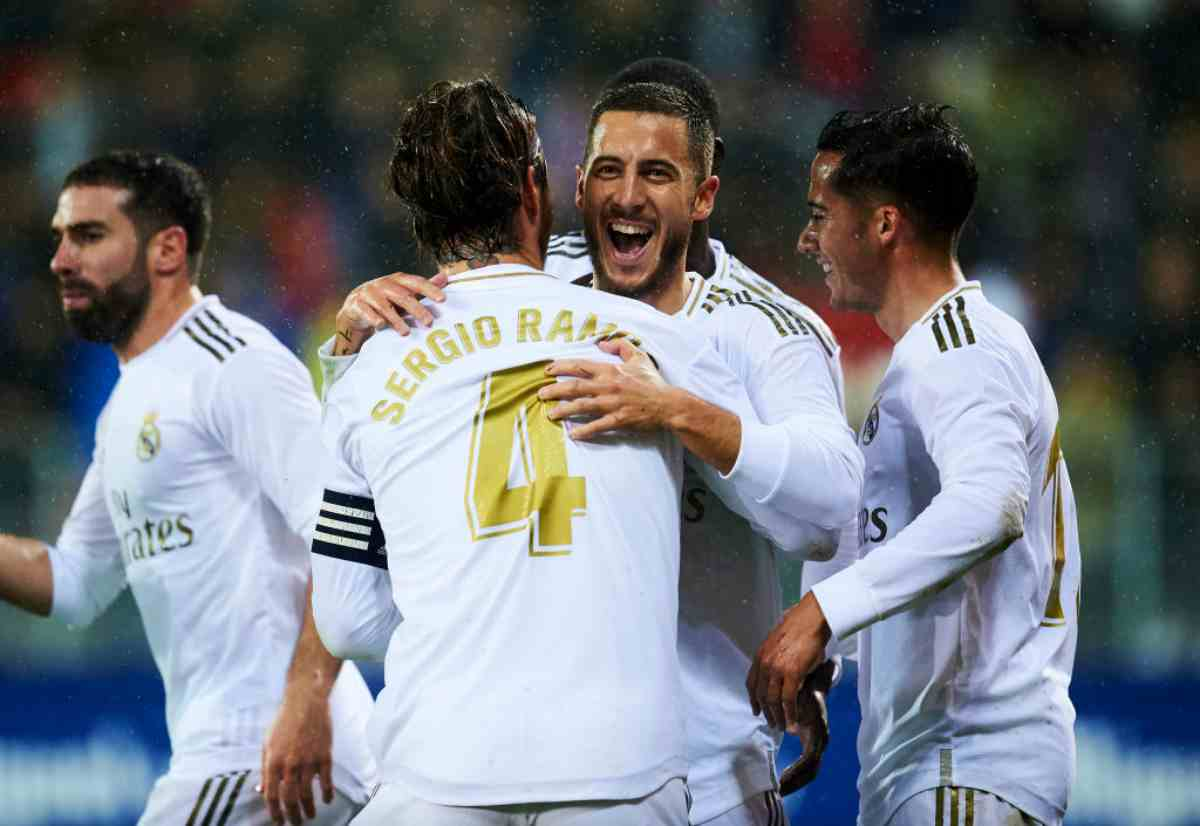 Liga: Real Madrid, che lezione all'Eibar. Doppietta Benzema, superato Puskas