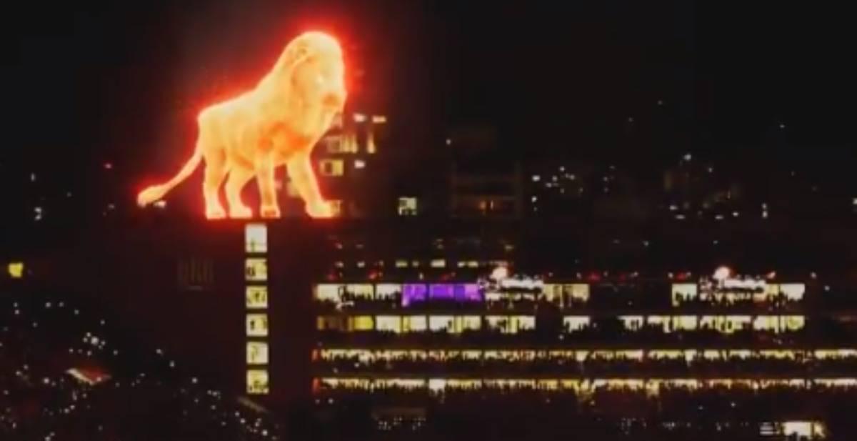 Estudiantes, un leone infuocato sul nuovo stadio: inaugura da brividi