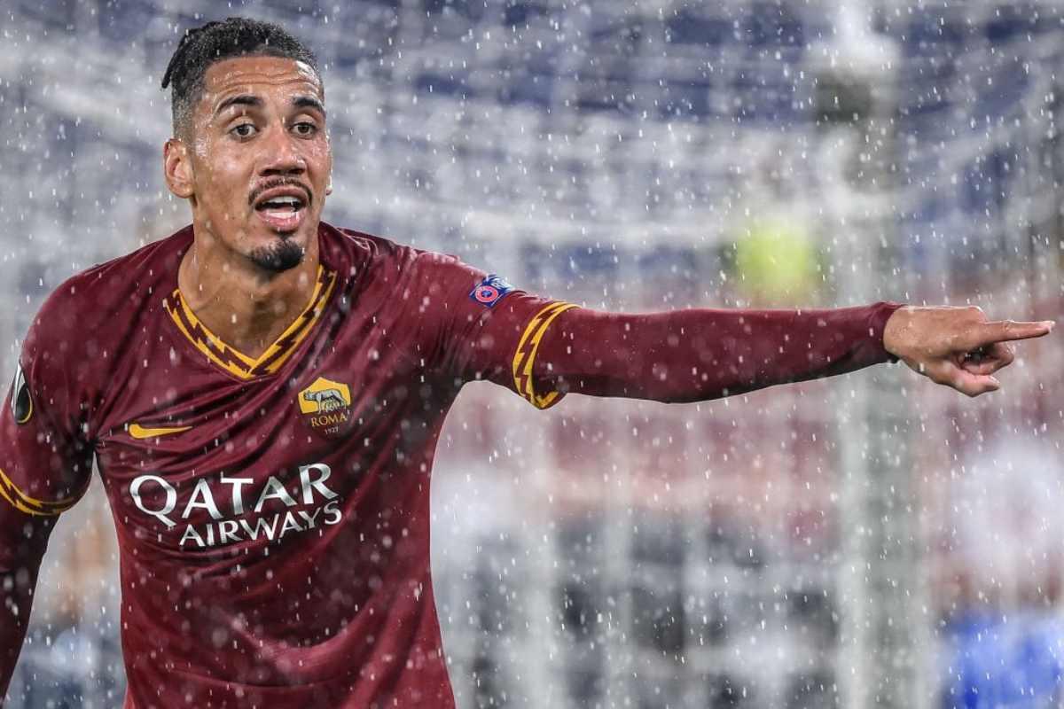 Smalling Manchester United rifiuta offerta Roma
