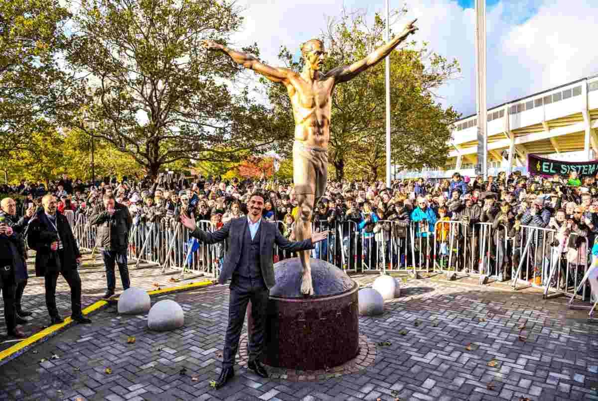 Ibrahimovic, i tifosi del Malmoe chiedono la rimozione della sua statua