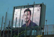 Cagliari-Fiorentina, al 13' tutti fermi in ricordo di Astori