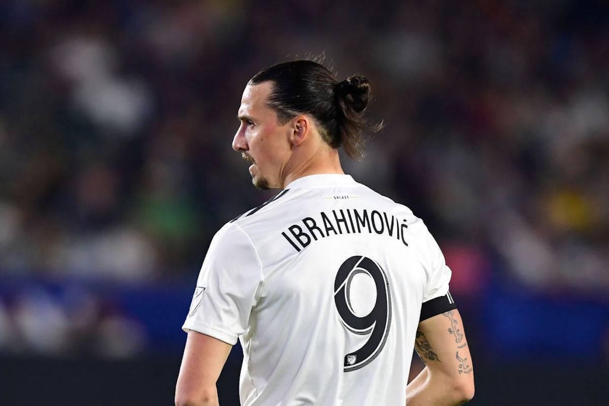 Ibrahimovic a sorpresa: annuncia la sua nuova squadra. Il club replica