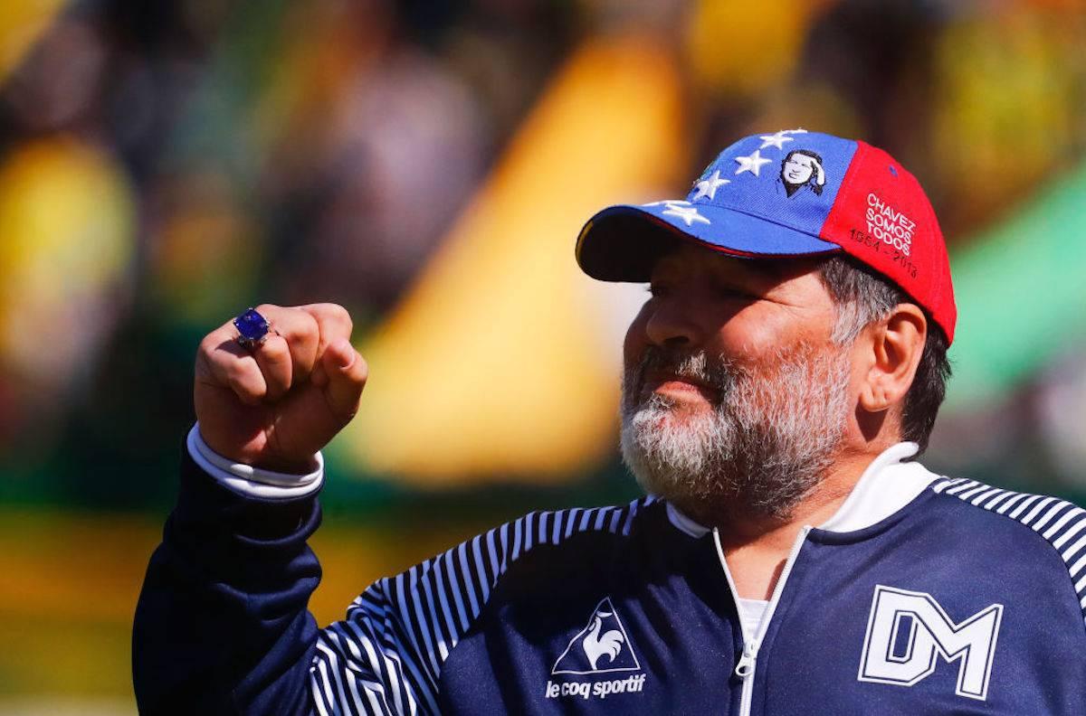 """Maradona ci ripensa: """"Sono ancora il tecnico del Gimnasia"""""""