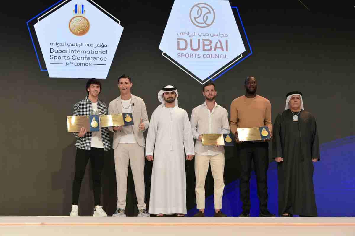 """Cristiano Ronaldo torna al Globe Soccer Awards e annuncia: """"Voglio continuare a vincere"""""""