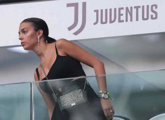 Georgina Rodriguez, il ballo latino incanta i fan. Sanremo 2020 a rischio   VIDEO