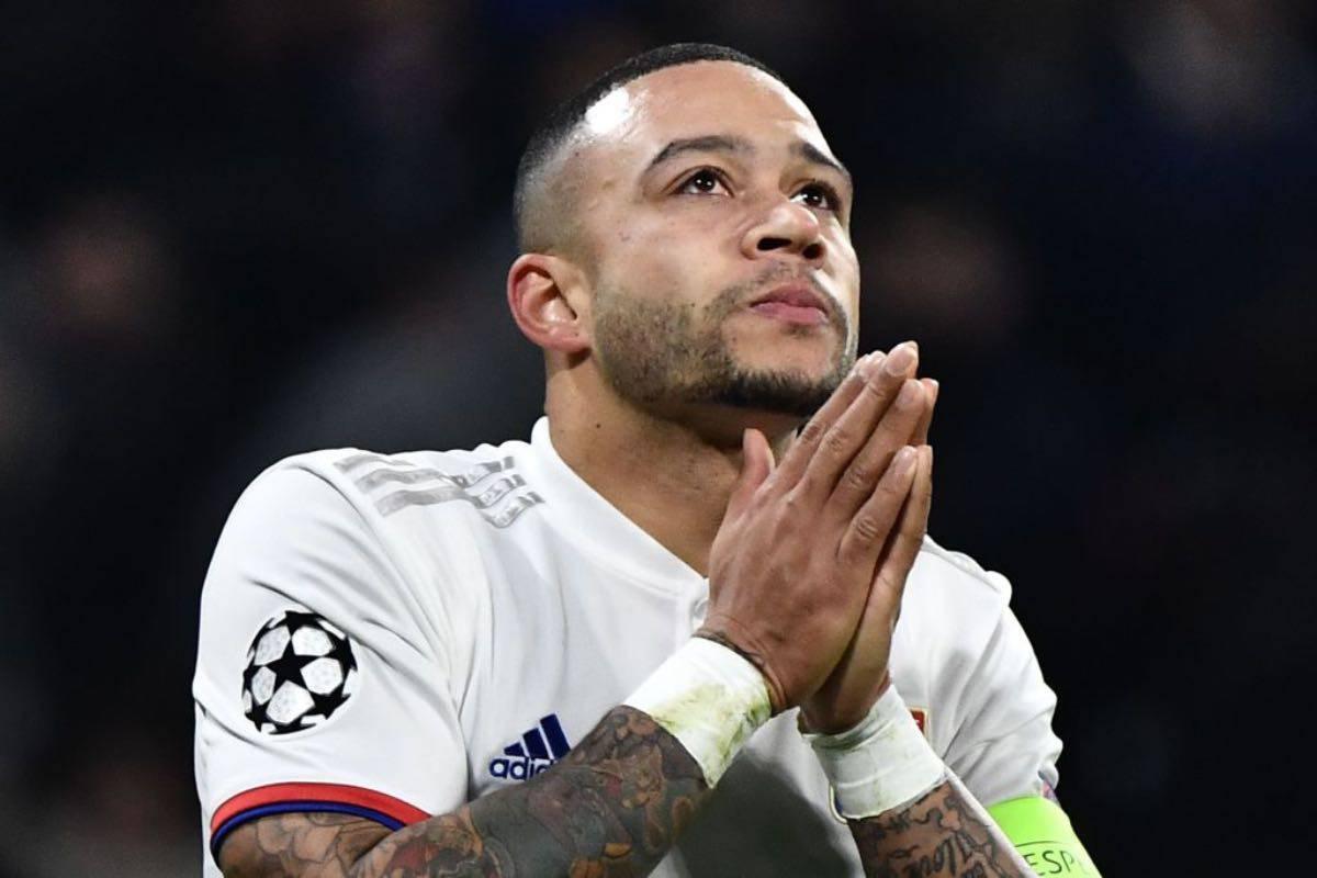 Juventus, Lione senza Depay negli ottavi di Champions: grave infortunio per l'olandese