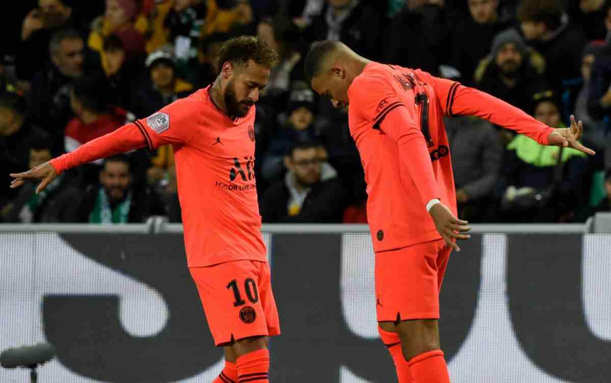 """Neymar incorona Messi: """"E' il migliore di tutti"""""""