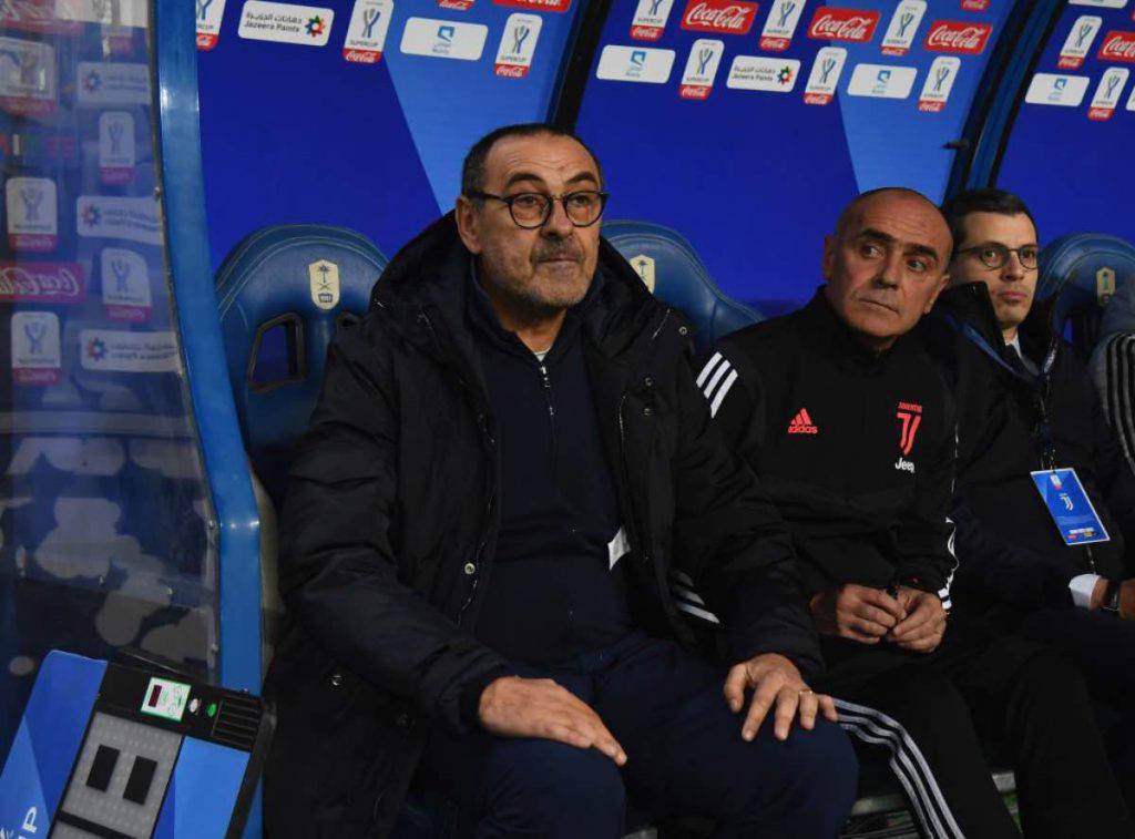 Juventus, Sarri sotto accusa. Social scatenati contro il tecnico bianconero (Getty Images)