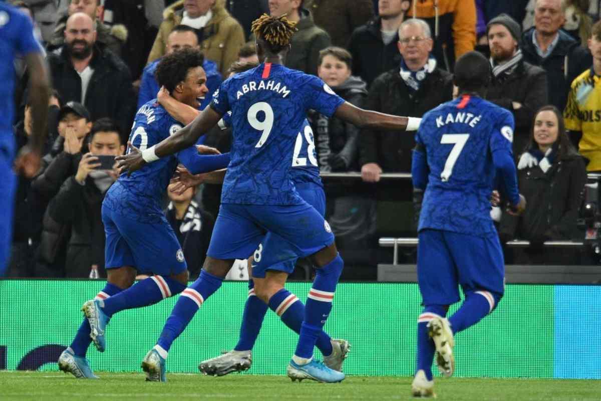 Premier League: il Chelsea batte il Tottenham e rovina il Natale di Mourinho