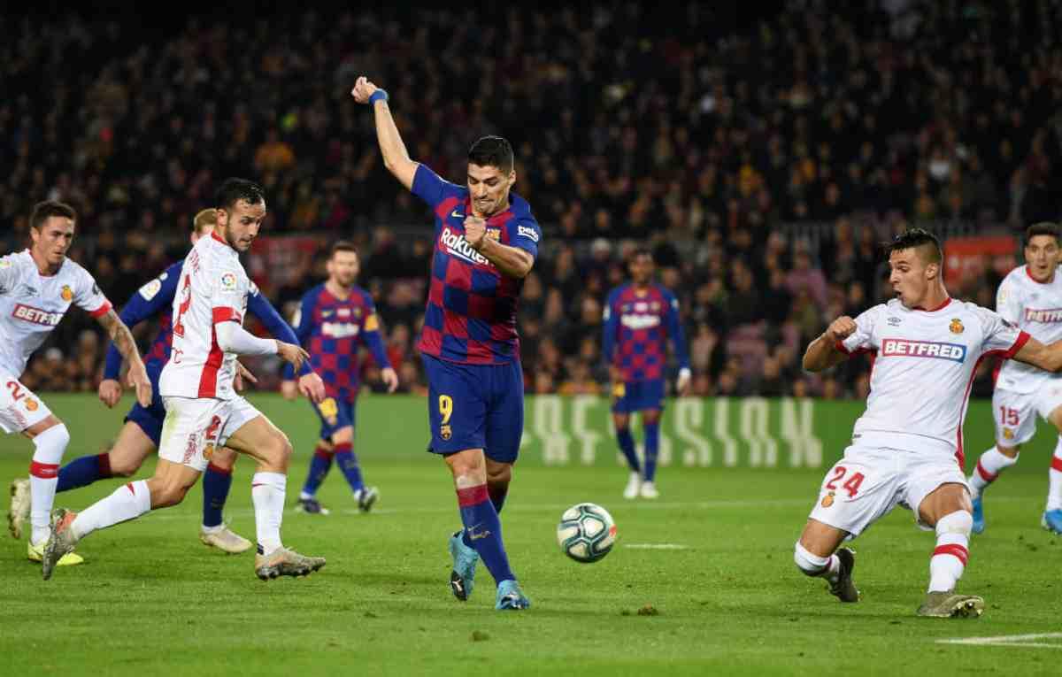 Liga, Barcellona show: doppio Messi e tacco di Suarez, poler al Maiorca