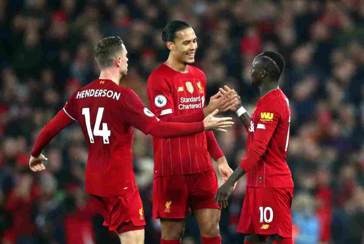 Premier League: il Liverpool vola, ancora polemiche sul VAR