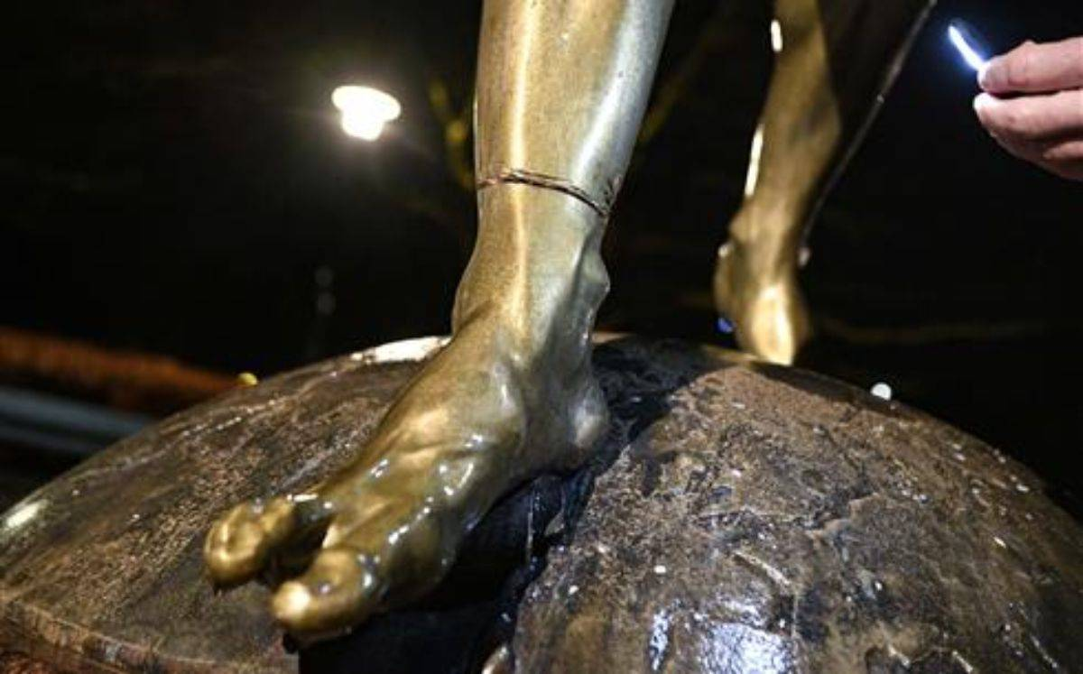 Ibrahimovic Statua