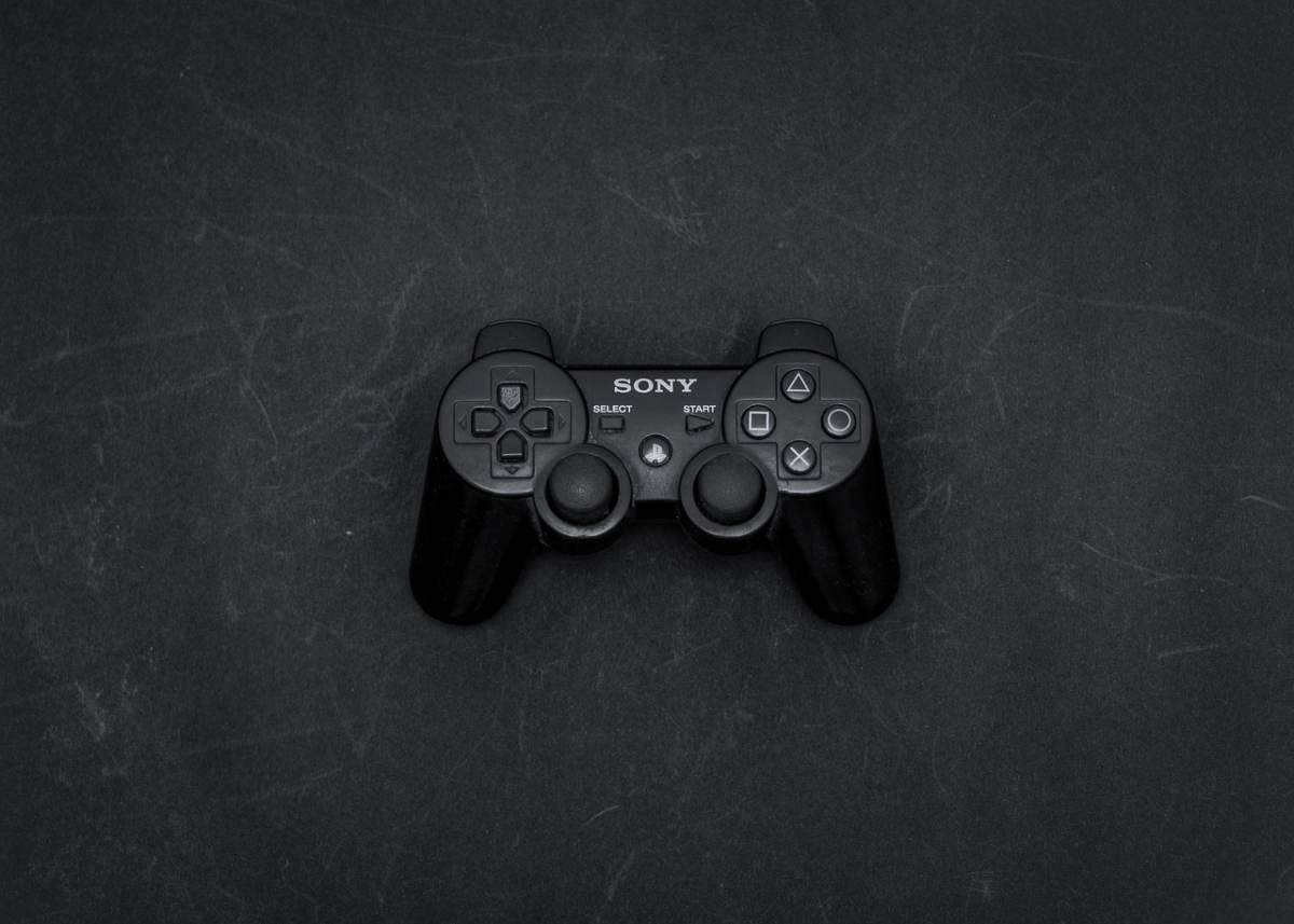La PlayStation compie 25 anni. La rivoluzione con Pes e Fifa