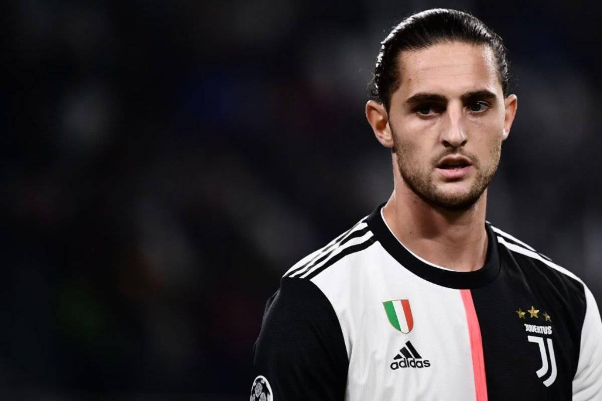 Rabiot piace in Premier League. La Juventus riflette