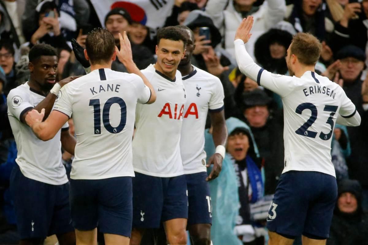 Premier League, Mourinho vince in rimonta: il Tottenham festeggia il Boxing Day