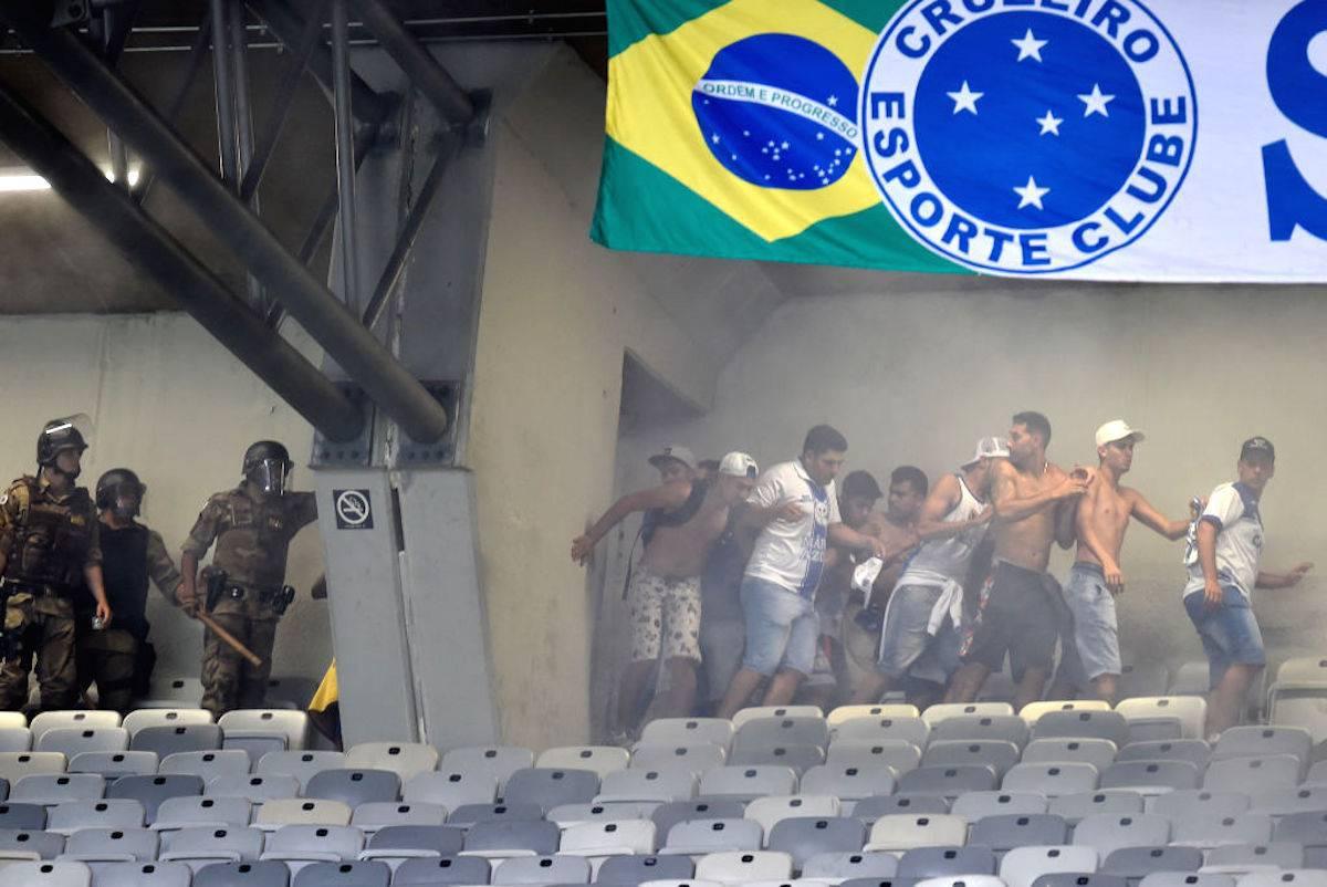 Brasile, Cruzeiro retrocede dopo 99 anni: scoppia la rivolta