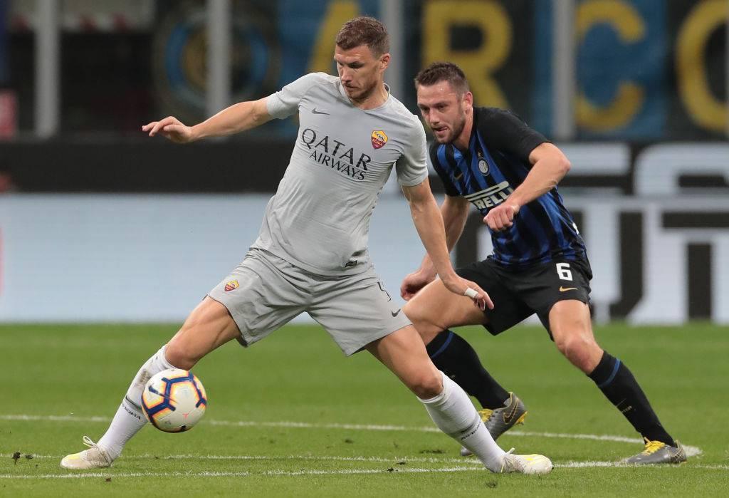 Inter-Roma probabili formazioni: Borja Valero confermato, Dzeko ce la può fare