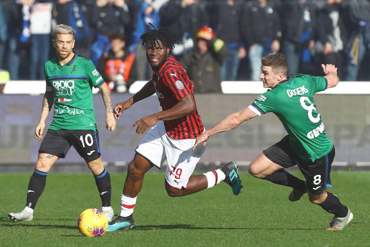 "Milan, Kessie: ""like"" alla vittoria dell'Atalanta. Tifosi infuriati"