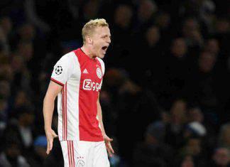 Real Madrid, Van de Beek arriverà a fine stagione: c'è l'accordo con l'Ajax