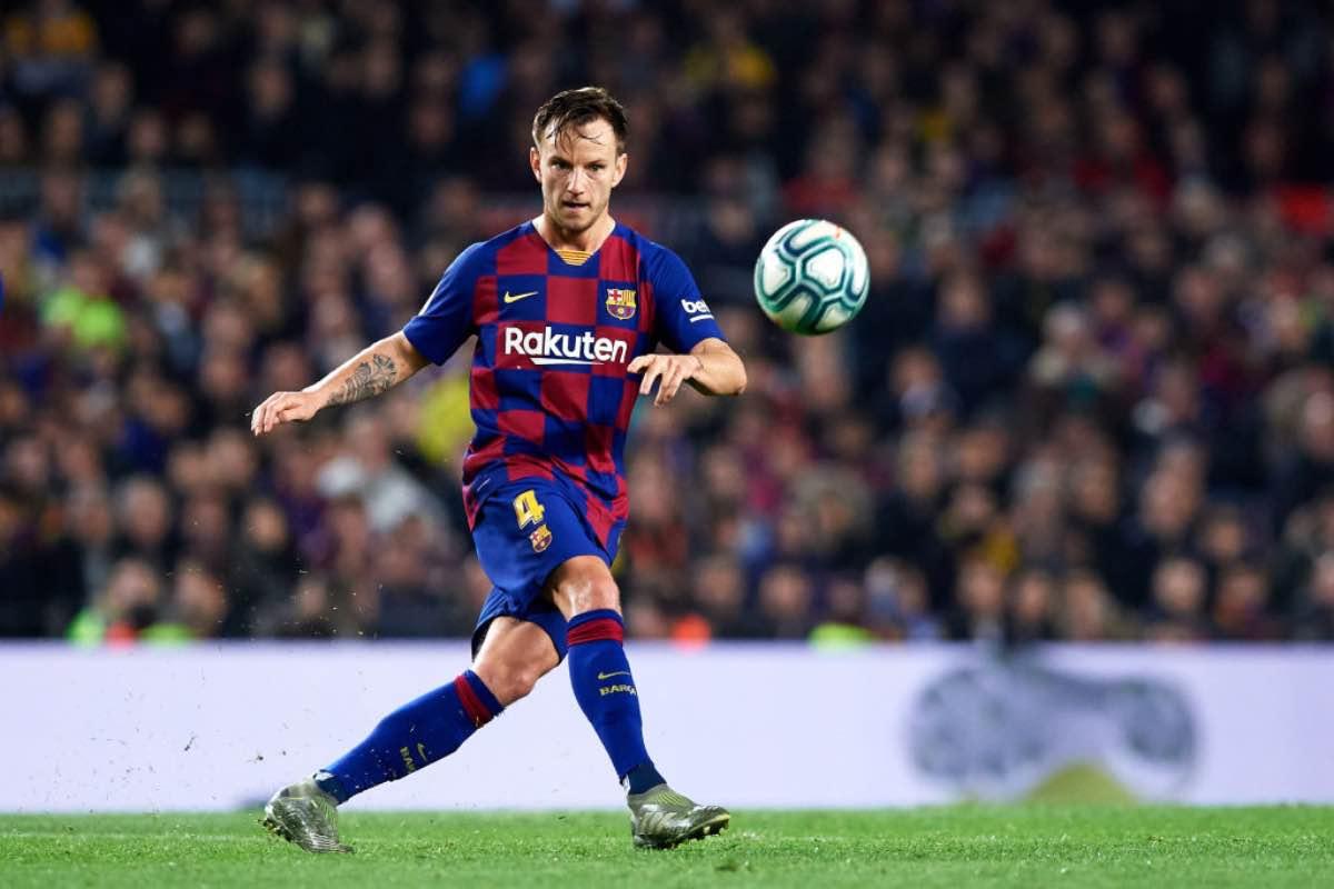 Calciomercato: Barcellona ripropone scambio Rakitic-Bernardeschi, la risposta Juve