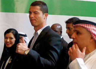 Cristiano Ronaldo, svelato il valore dell'orologio mostrato a Dubai